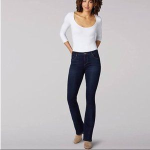 NEW w/tag Lee Riders Mid Rise Shape Illusion Jeans